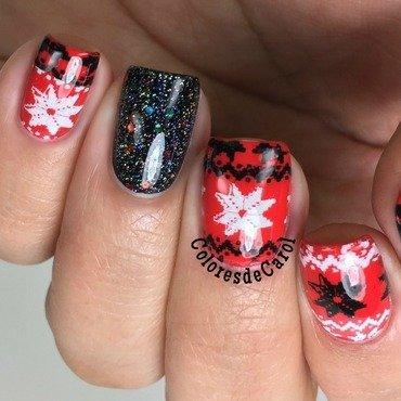 Sweater Nails nail art by Carolina Garcia