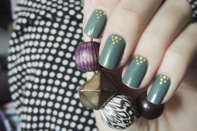 Pyramids nail art by Magdalena