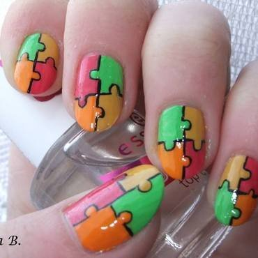 Jigsaw Puzzle nail art by Iulia