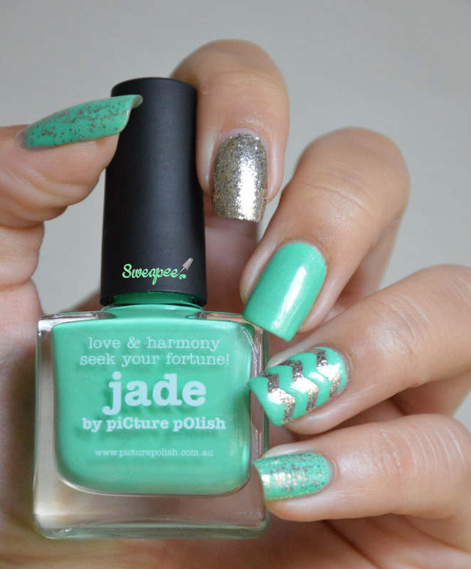 Summer in winter nail art by Sweapee