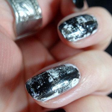 Brush Stroke Nail Art nail art by Virginie