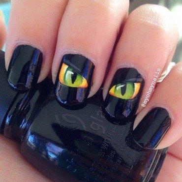 Dragon Eyes nail art by Niki My Oh My Nails
