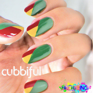 Recreating an Oldie nail art by Cubbiful