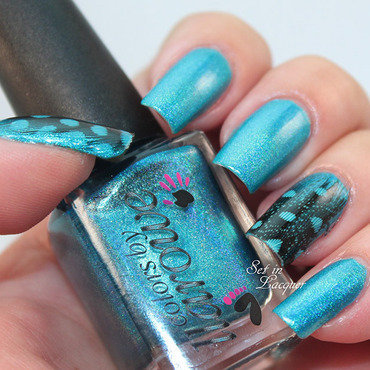 Feathered nail art nail art by SetinLacquer