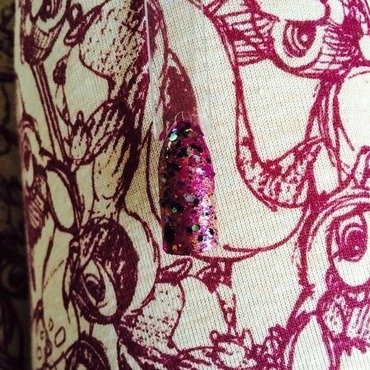 Ditzy plum nail art by Tiger Carla