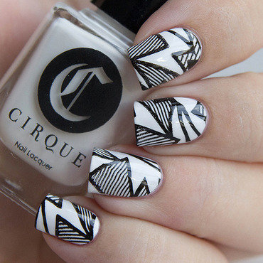 B/W Stamping nail art by Very Emily