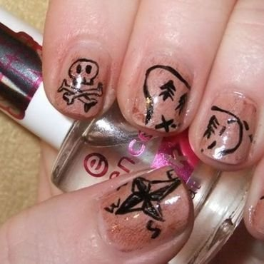 Treasure map nail art by Iulia