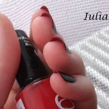 Louboutin red sole inspired manicure nail art by Iulia