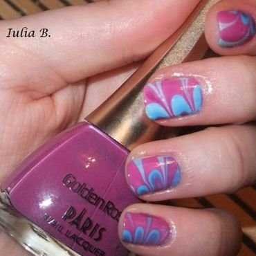 Water marble nail art by Iulia