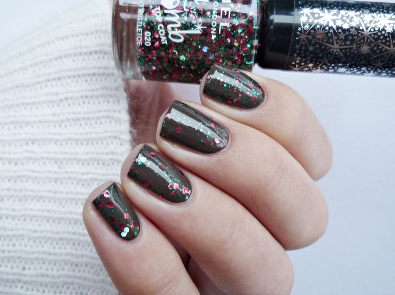 OPI How Great Is Your Dane? and Rimmel Glitter Bomb 020 Midnight Mistletoe Swatch by Romana