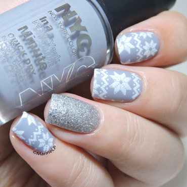 Christmas sweater nails nyc velvet chic moyou festive 20 2  thumb370f
