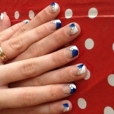3 stroke blue nail art by Tiger Carla