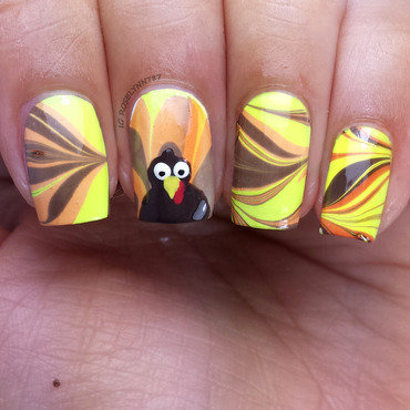 Thanksgiving Watermarble nail art by Rose Mercedes