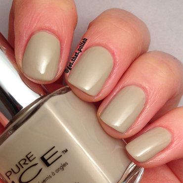 Pure Ice Shore Bet Swatch by Luciana
