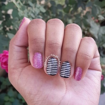 Striped nails with glitter nail art by Shailee
