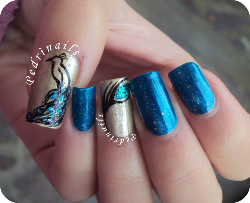 Peacock's feather double accent manicure nail art by Pedrinails