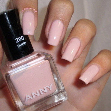 Anny nude Swatch by irma