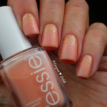 Essie 20back 20in 20the 20limo 201 thumb370f