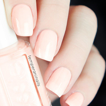 Essie Back in the Limo Swatch by Temperani Nails
