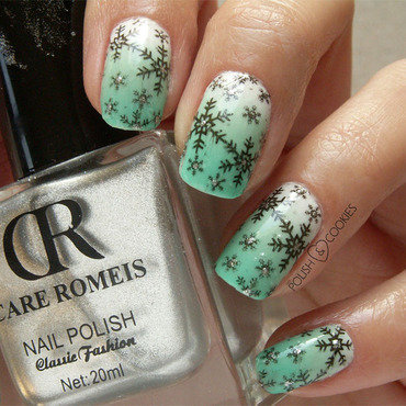 Snowflakes nail art by PolishCookie