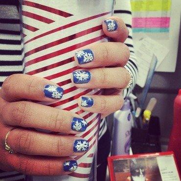 Snowflakes nail art by Marilyn