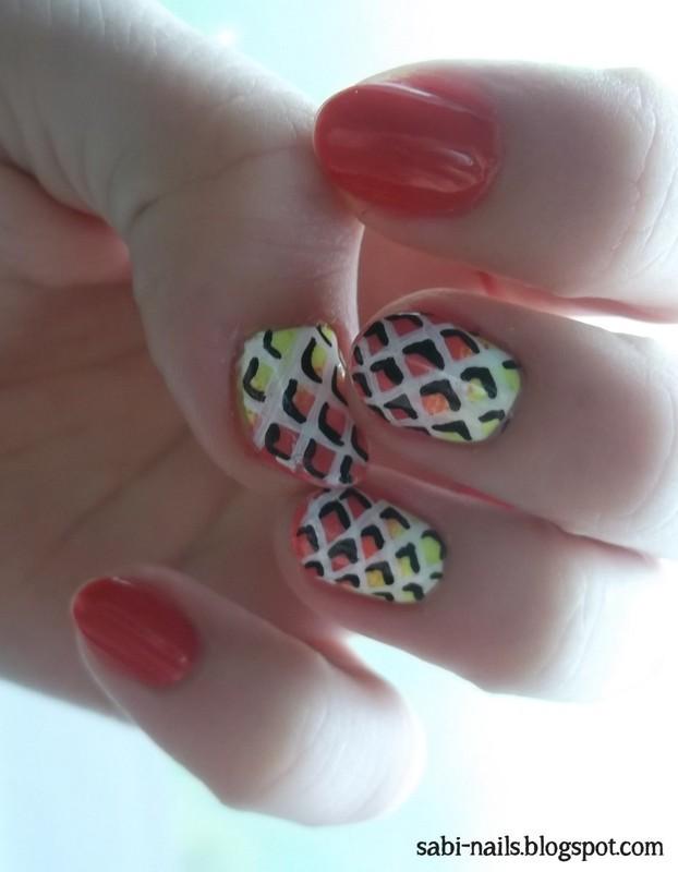 My first OP ART nails :) nail art by Sabina