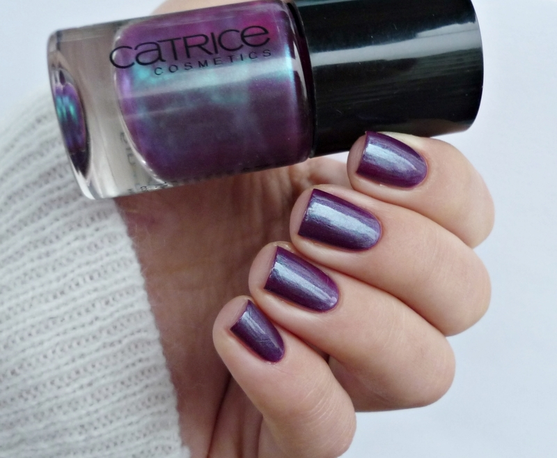 Catrice Berry Potter & Plumbledore Swatch by Romana
