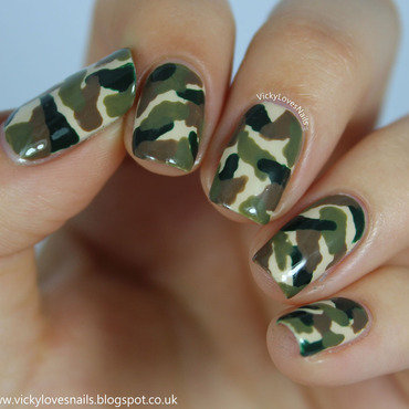 Camo Nails nail art by Vicky Standage
