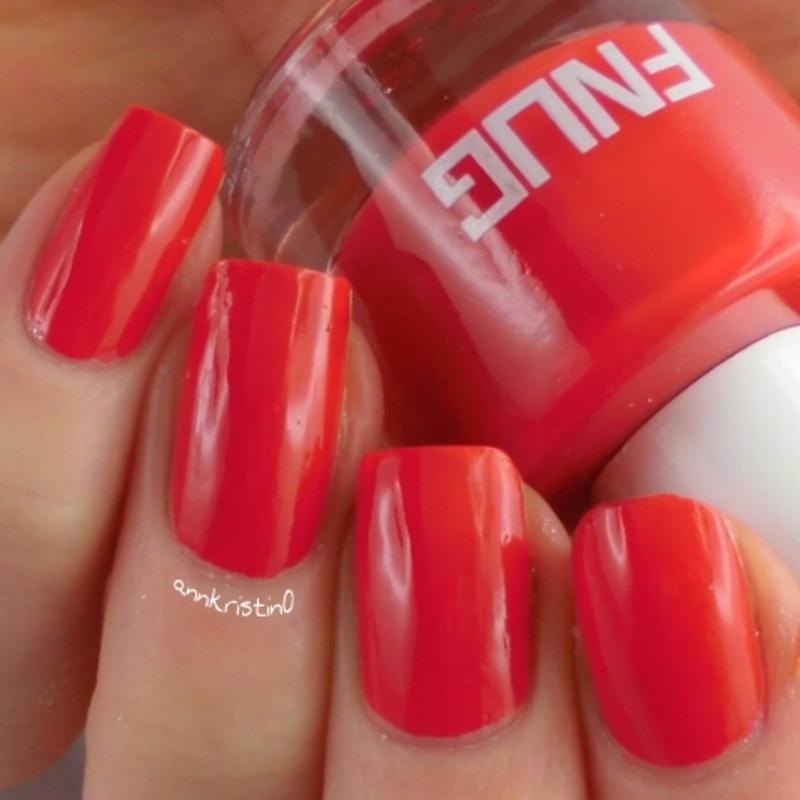FNUG Fashion Blogger Swatch by Ann-Kristin