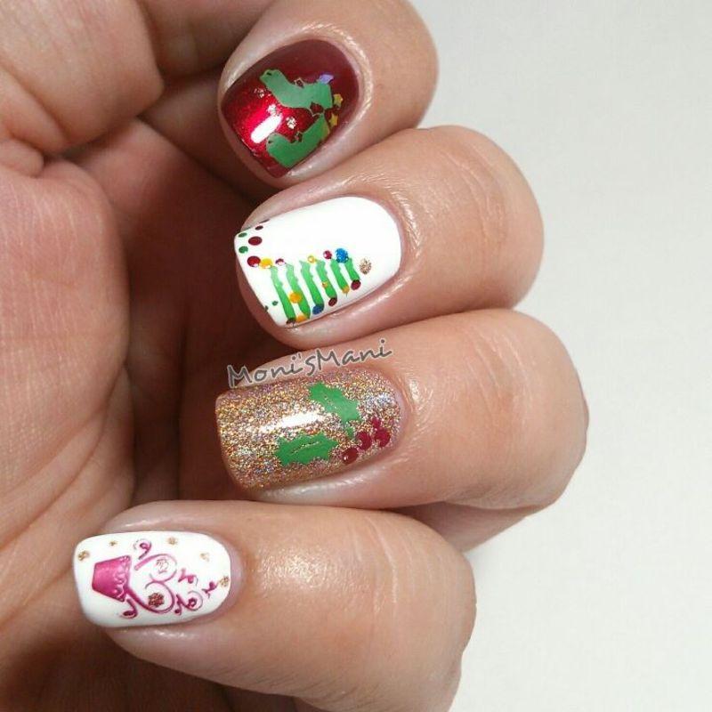 xmas medley nail art by Moni'sMani