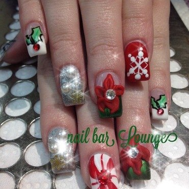 Oh So Festive nail art by Victoria Zegarelli nail bar Lounge