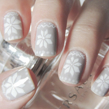 Winter nail art by Magdalena