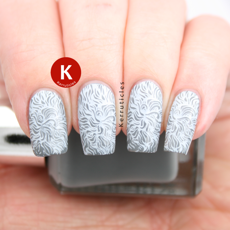 Grey and white wavy lines nail art by Claire Kerr