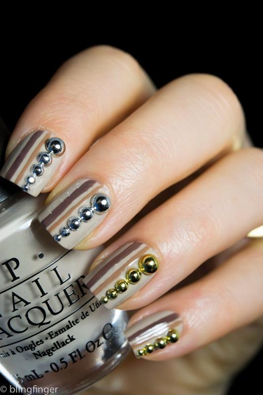 3D Circle Studs nail art by  Petra  - Blingfinger