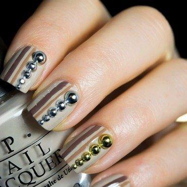 Circle studs nail art thumb370f