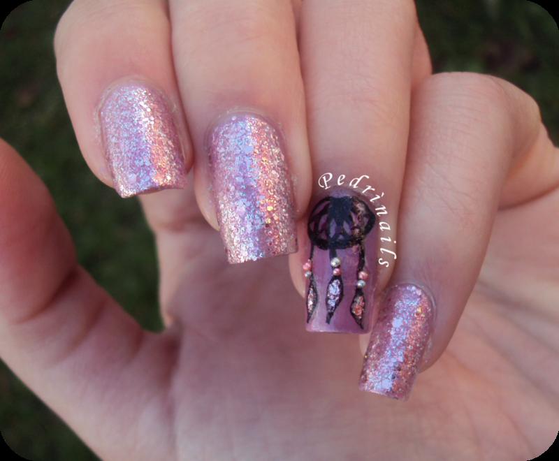 Dreamcatcher half-moon accent manicure nail art by Pedrinails