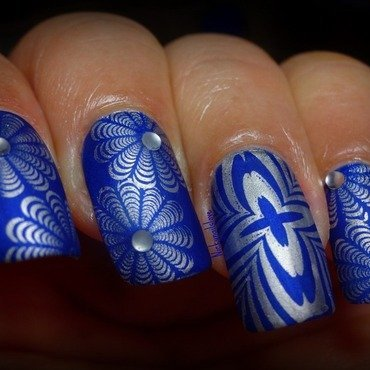 Winter Illusion nail art by Nicky