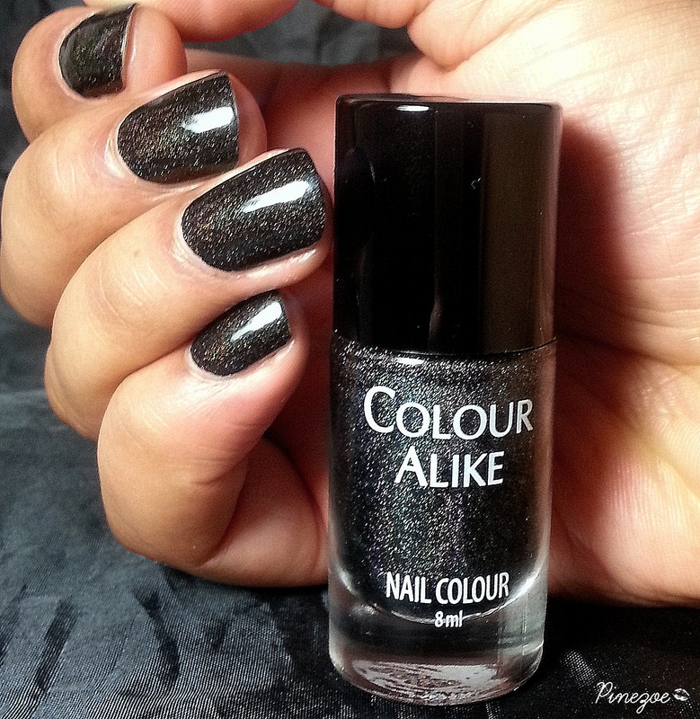 Colour Alike Black Saint Swatch by Pinezoe