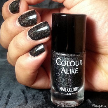 Colour Alike Black Saint Swatch by Pinezoe