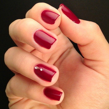 China Glaze Merry berry Swatch by Anna Malinina