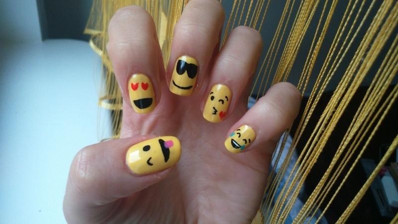 Because I'm happy! ;) nail art by Lakierowniczka