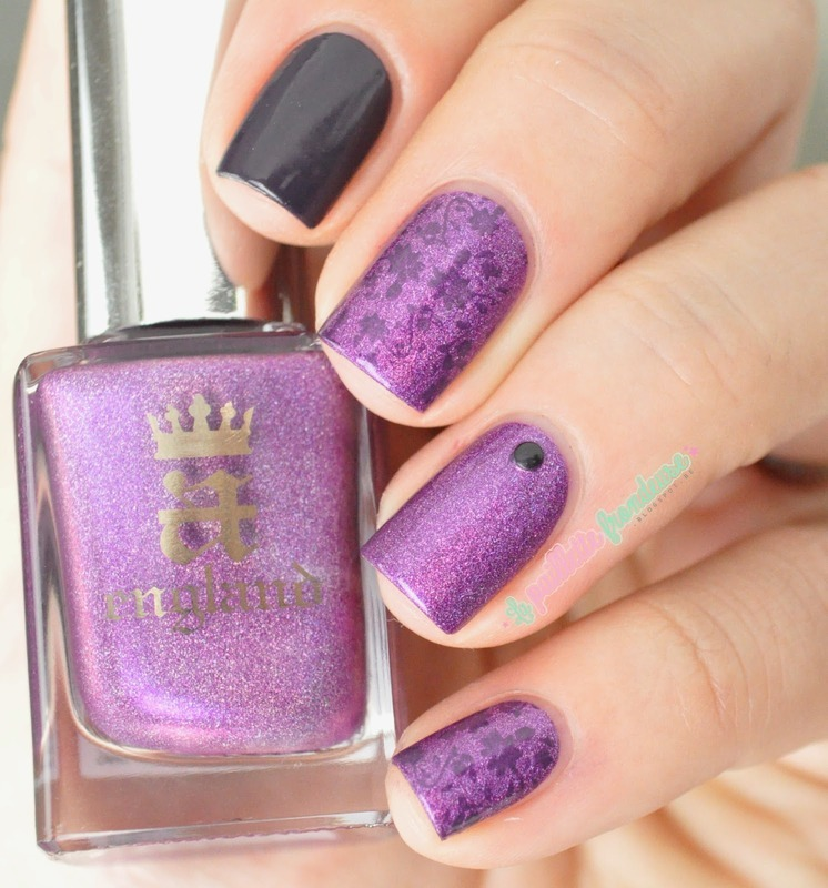 Crown of thistles nail art by nathalie lapaillettefrondeuse
