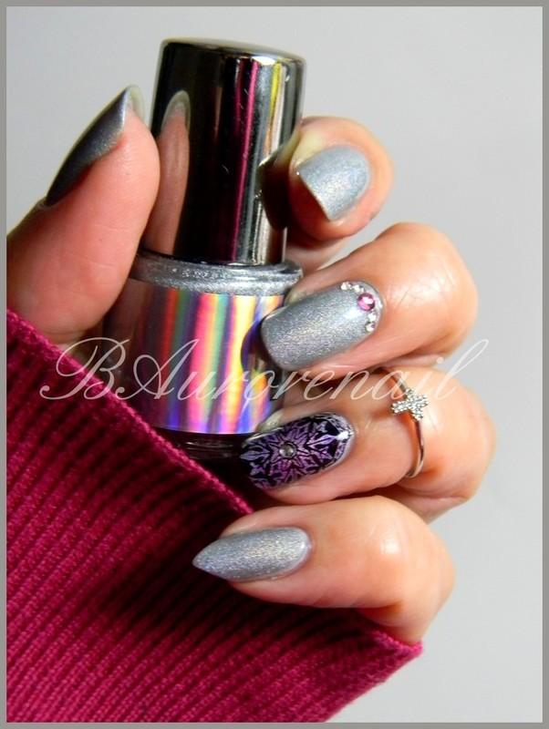 Holo nail art by BAurorenail