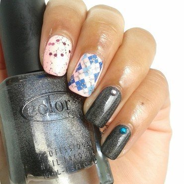 Skitlette nail art by MimieS Nail