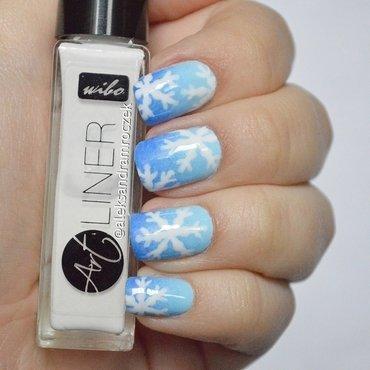 Snowflake Nails! nail art by Aleksandra Mroczek