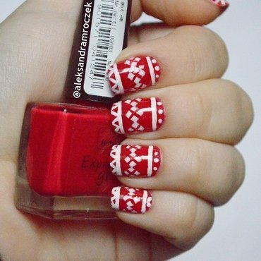 Sweater Weather :D nail art by Aleksandra Mroczek