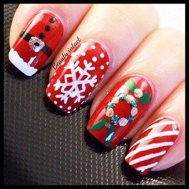 Christmas nails nail art by Beauty Intact