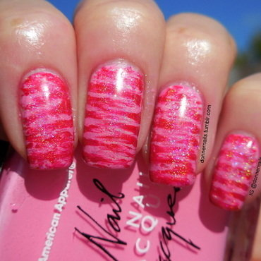Abstract candy canes nail art by Donner