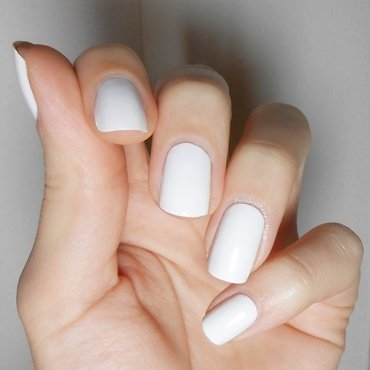 Essie Blanc Swatch by Polishisthenewblack