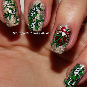 Mistletoe 20nail 20art thumb370f